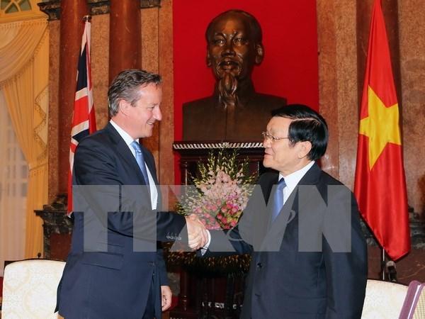 President Truong Tan Sang greets UK Prime Minister hinh anh 1