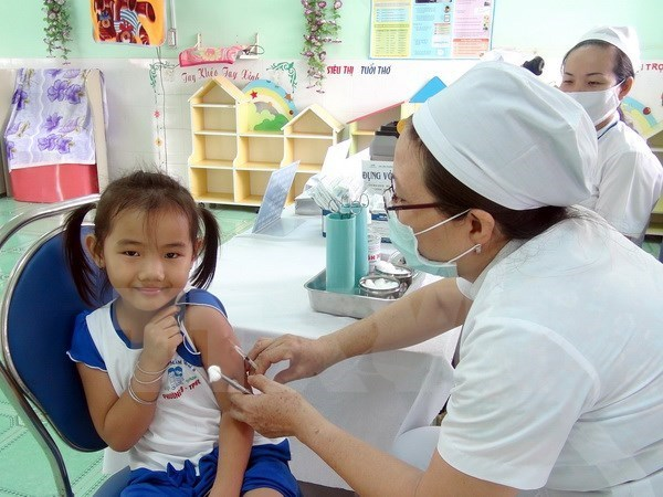 Patients to be compensated if vaccines fail or do harm hinh anh 1