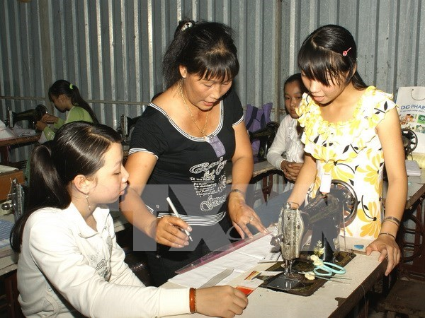 RoK continues vocational training programme for Vietnamese women hinh anh 1