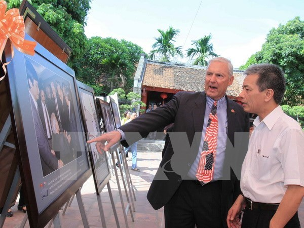 Vietnam-US diplomatic ties marked in Hanoi hinh anh 1