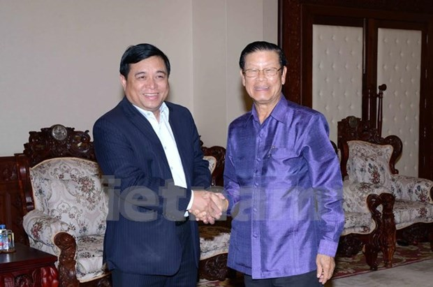 Lao Deputy PM pleased with Vietnamese delegation's visit hinh anh 1