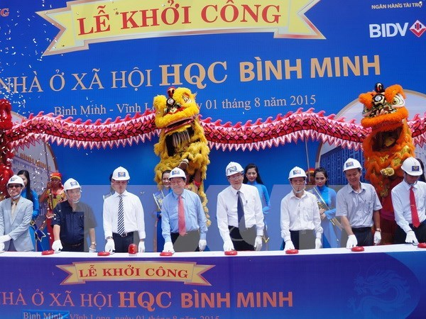 Mekong Delta's largest-ever social housing work breaks ground hinh anh 1