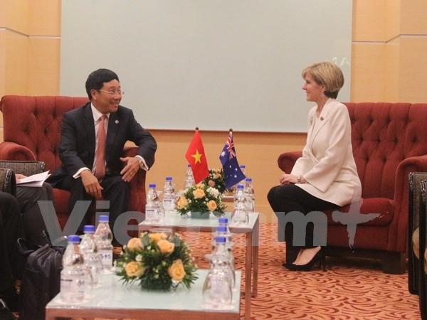 Deputy PM meets senior EU, Australian officials hinh anh 1