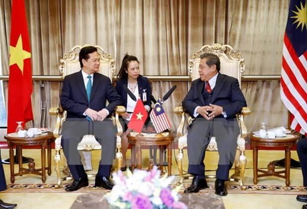 PM meets Malaysia's lower house speaker hinh anh 1