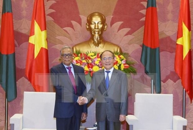 Chief legislator welcomes Bangladeshi President hinh anh 1
