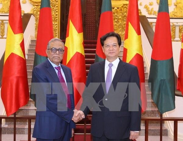 Vietnamese PM, Bangladeshi President talk trade ties hinh anh 1