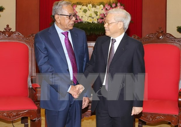 Party chief receives Bangladeshi President hinh anh 1