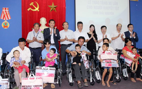 Help extended to disadvantaged people hinh anh 1