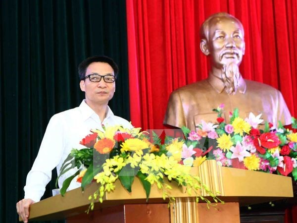 Deputy PM urged continued educational reform hinh anh 1