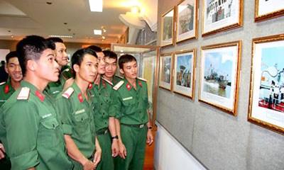 HCM City celebrates President Ton Duc Thang's birthday hinh anh 1