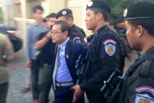 Cambodia's opposition senator arrested for treason hinh anh 1