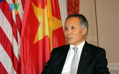 Vietnam continues bilateral talks with TPP partners hinh anh 1