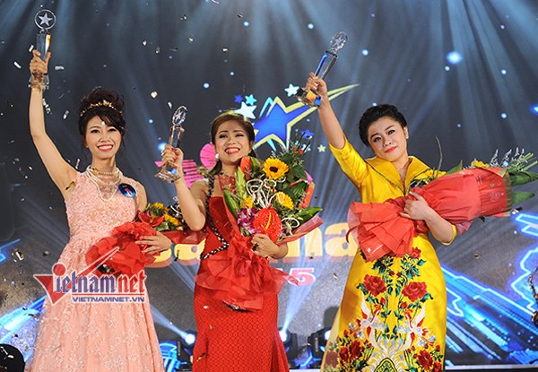 Women dominate singing contest hinh anh 1