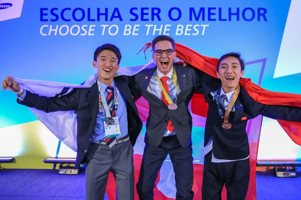 Vietnam clinches first-ever medal at WorldSkills Competition hinh anh 1