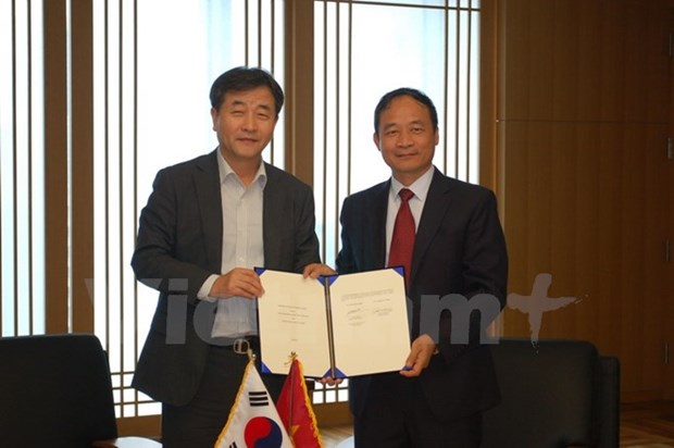 Vietnam News Agency, Yonhap sign content exchange MoU hinh anh 1