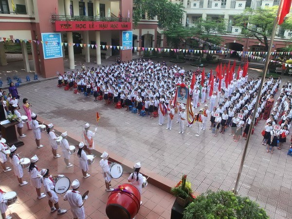 All schools to hold school-year opening ceremony on September 5 hinh anh 1