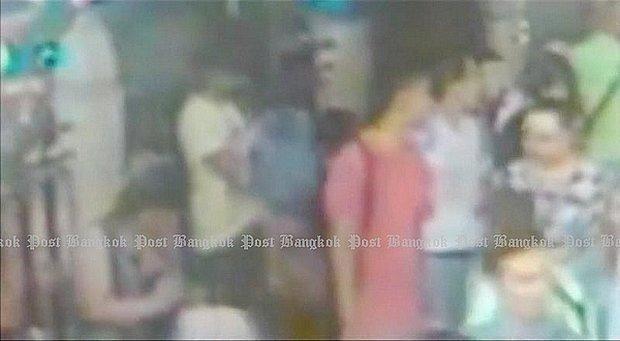 Bangkok blasts worry Vietnamese tourists hinh anh 1