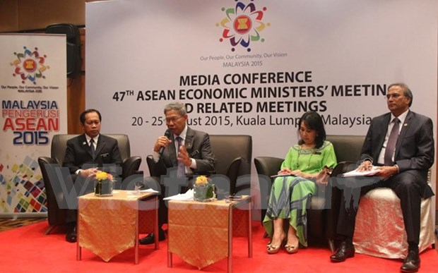 ASEAN discuss Post-2015 Economic Vision by 2025 hinh anh 1