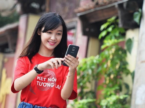 Vietnam ranks high in smartphone usage hinh anh 1