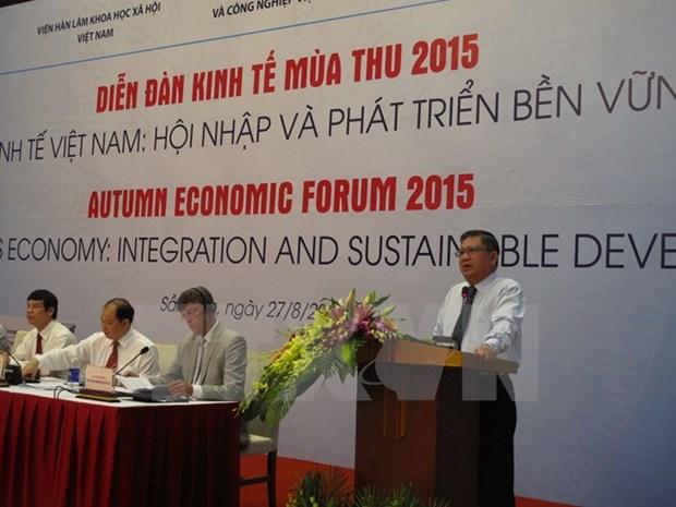 Economic forum reflects on Vietnam's international integration hinh anh 1