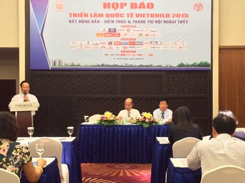 About 800 firms join Vietbuild Expo hinh anh 1