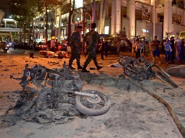 Thai PM sends sympathy over injured Vietnamese in Bangkok blast hinh anh 1