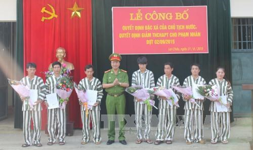 851 prisoners in Binh Thuan released ahead of national day hinh anh 1
