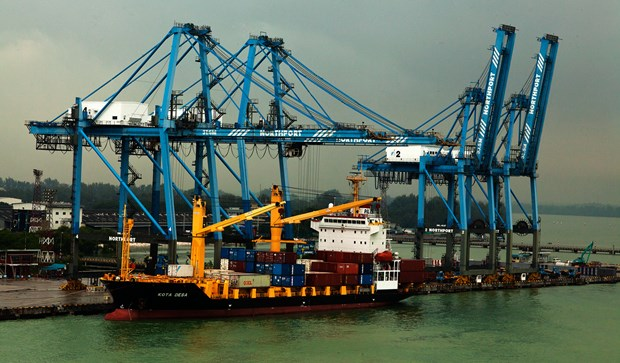 Malaysia import-export activity increases in July hinh anh 1