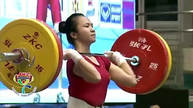 Weightlifters turn up trumps at Asian weightlifting championship hinh anh 1