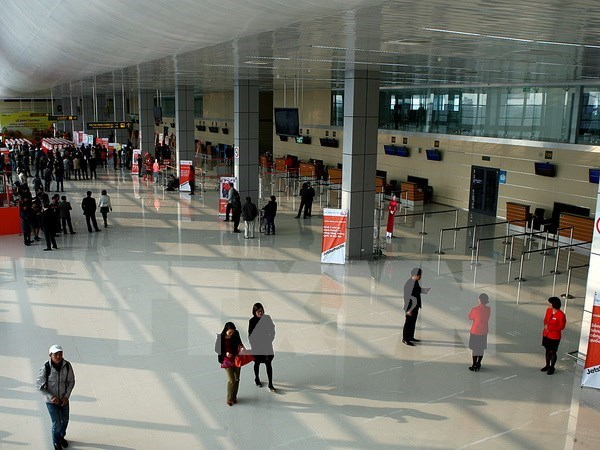 Canadia firm considers 210 mln USD security service at Noi Bai Airport hinh anh 1