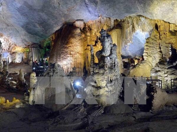 Magnificent Phong Nha-Ke Bang Park shines light at cave festival hinh anh 1