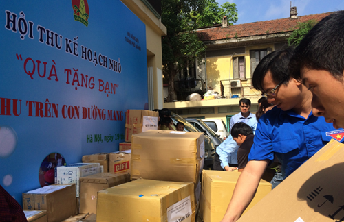 Mid-Autumn Festival comes early to needy children hinh anh 1