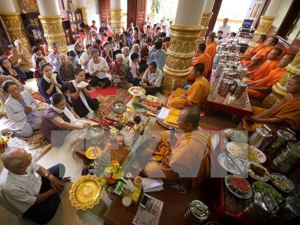 Greetings to Khmer people in Vinh Long on Sene Dolta Festival hinh anh 1
