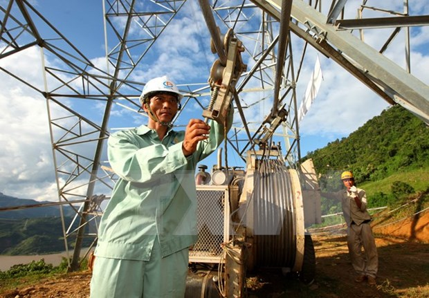 EVN focuses on completion of key power projects hinh anh 1