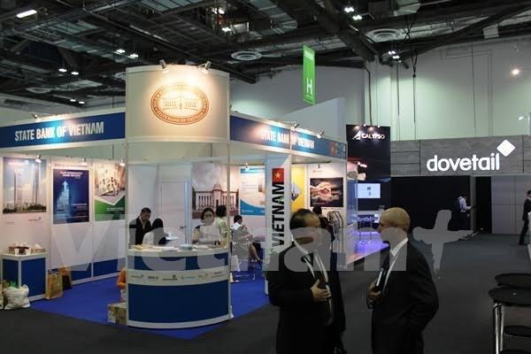 Banks seek partnerships at international financial conference hinh anh 1
