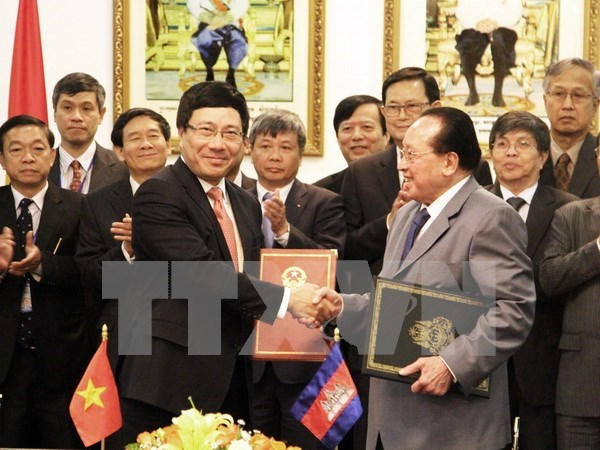 Vietnam, Cambodia agree on direction for co-operation hinh anh 1