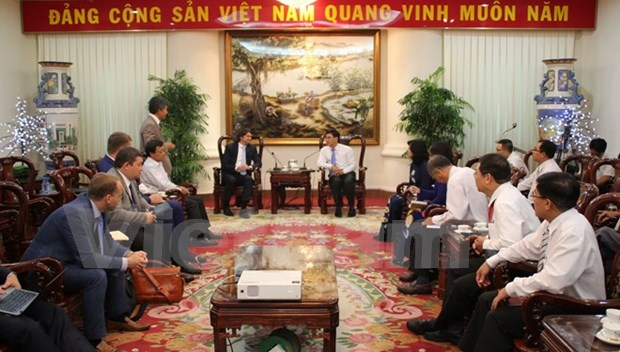 Russian gas firm seeks cooperation with Dong Nai hinh anh 1
