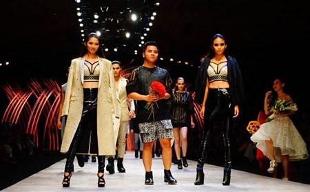 Fashion Week wins plaudits hinh anh 1