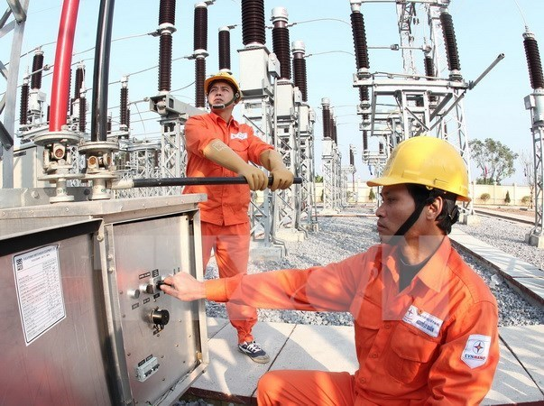 Electricity sector copes with water shortages hinh anh 1
