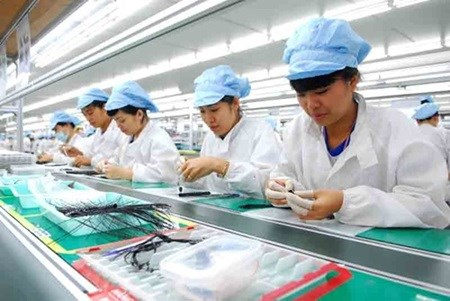 Vietnam rises in business ease world ranking hinh anh 1