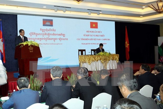 Vietnam, Cambodia target advanced border province co-operation hinh anh 1