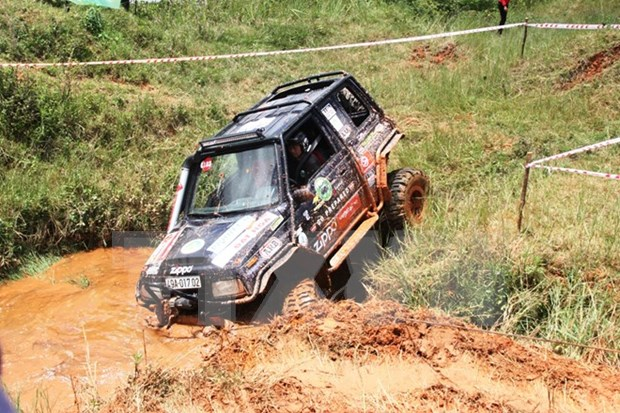 International motorsport race begins in Binh Duong province hinh anh 1