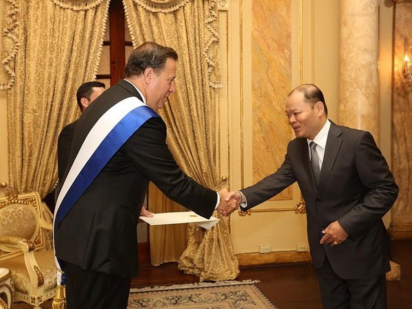 Panama fosters friendship with Vietnam hinh anh 1
