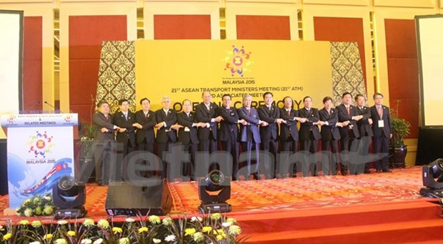 ASEAN transport ministers gather in Malaysia hinh anh 1