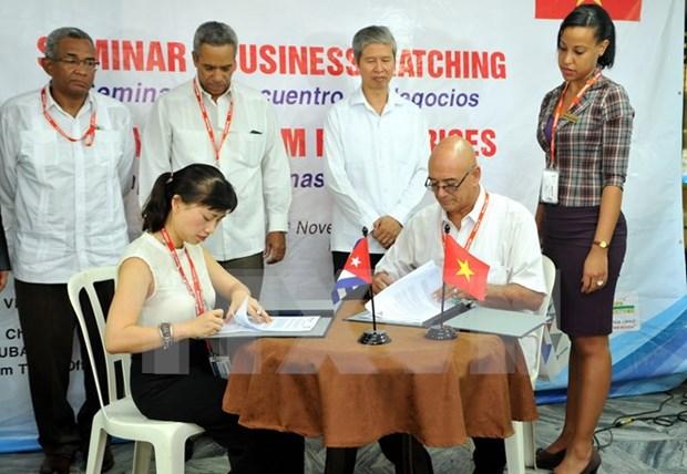 Vietnam inks 2-mln-USD deals in Cuban trade fair hinh anh 1