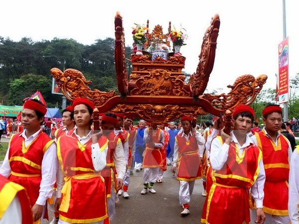 Phu Tho prepares for 2016 Hung Kings Temple Festival hinh anh 1
