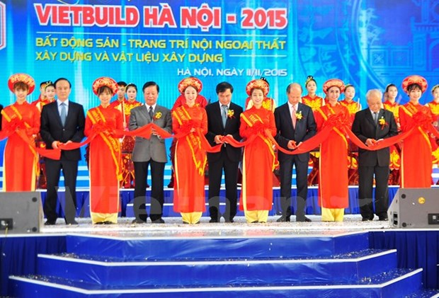 Vietbuild 2015 international exhibition opens in Hanoi hinh anh 1
