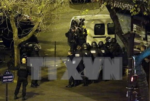 Vietnam denounces attacks on civilians in Paris: spokesman hinh anh 1
