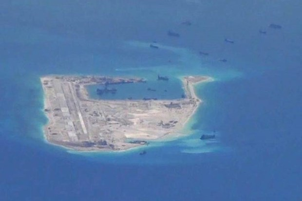ASEAN's central role in East Sea dispute settlement urged hinh anh 1