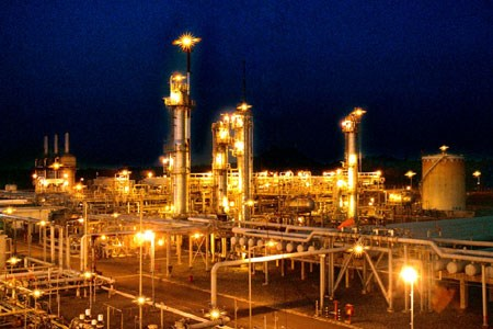 PV Gas named in list of ASEAN 100 companies hinh anh 1